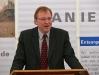 Regierungspräsident Johannes Baron (FDP) ist bis ins Detail informiert.