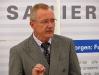 Bürgermeister Maier betont die Verantwortung der Stadt für Neuschloß.