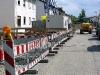 Der Grund: Die Häuser im Lindenweg sind nicht mehr über die Straße erreichbar.