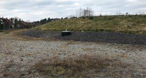 Drei Jahre nach der Fertigstellung der Sanierung ist von Wald und Sträuchern wenig auf dem Sodabuckel zu sehen.